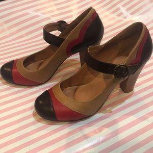 Brown and red retro look Aldo heels